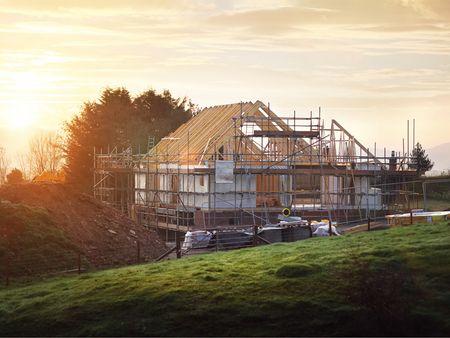 Hausbau, Haus bauen, Baustelle, Foto: iStock/BrianAJackson