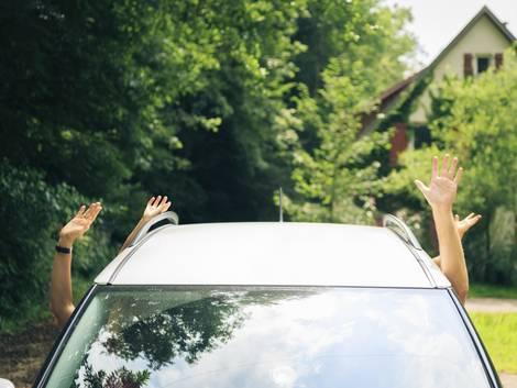 Alt-Tags: Abreise, in den Urlaub fahren Foto: iStock/nullplus