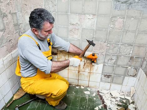 Renovation, Bad, Foto: Simin Zoran/fotolia.com