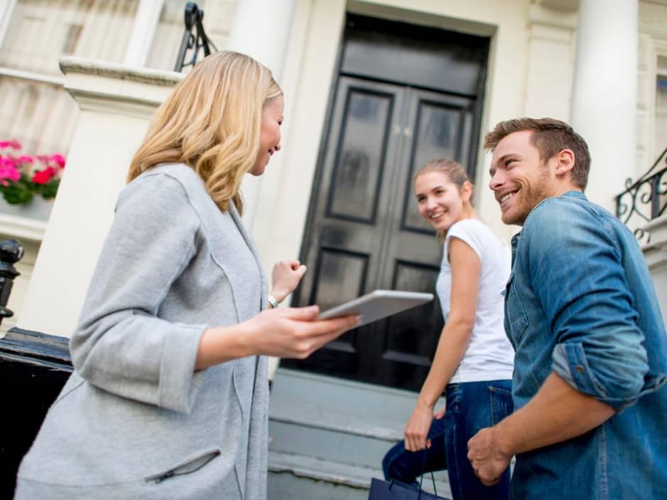 Maklerpflichten, Immobilienmakler, Foto: iStock/andresr